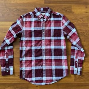 American Eagle Plaid Red White Button Up Shirt